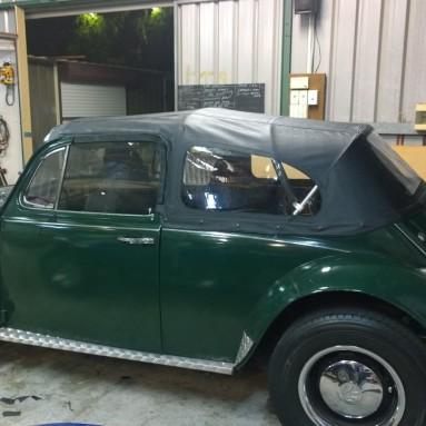 convertible volkswagen beetle
